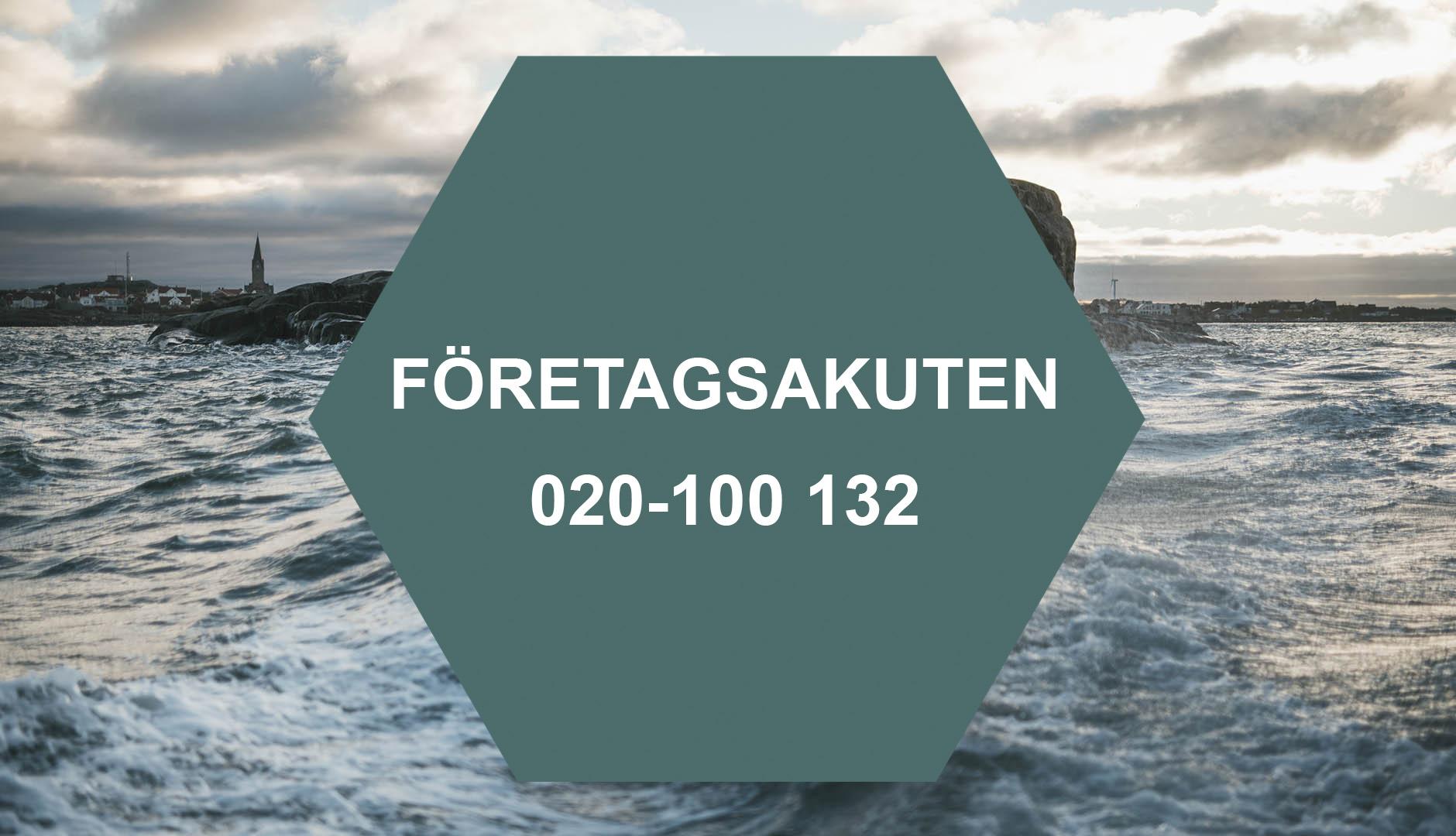 Företagsakuten telefon 020-100 132 i hexagon mot bakgrund av stormigt hav